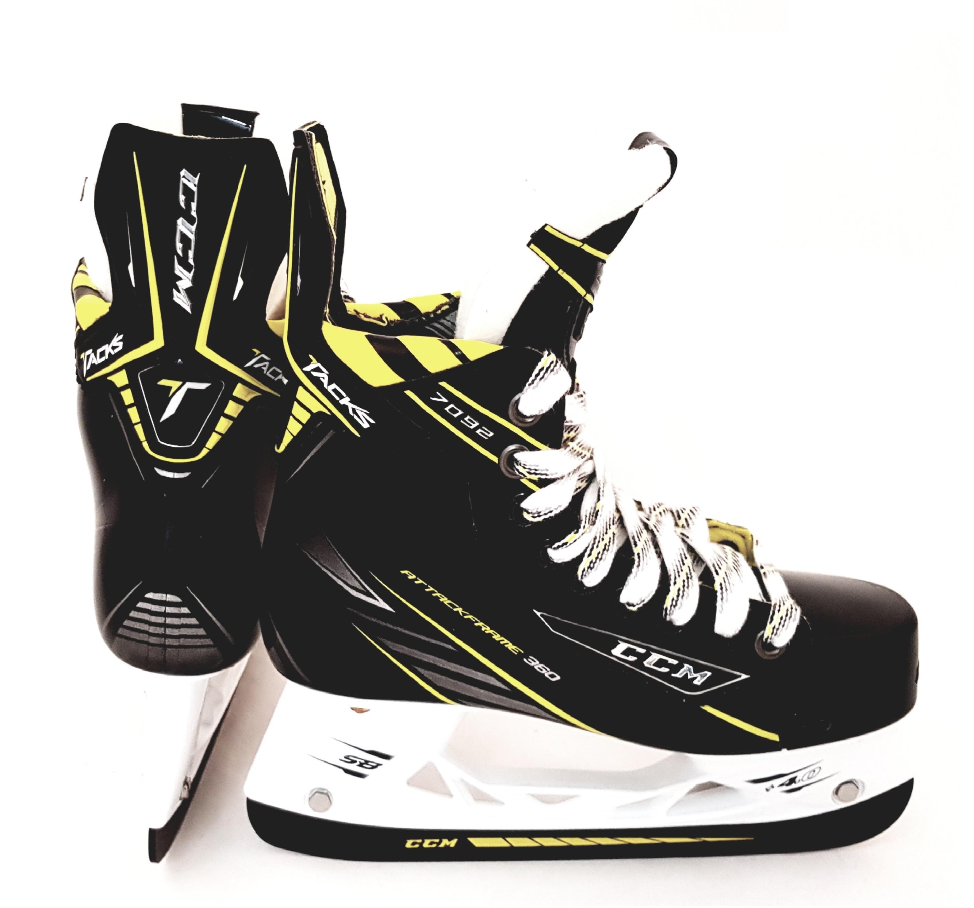 CCM Tacks 7092 Junior Ice Hockey Skates