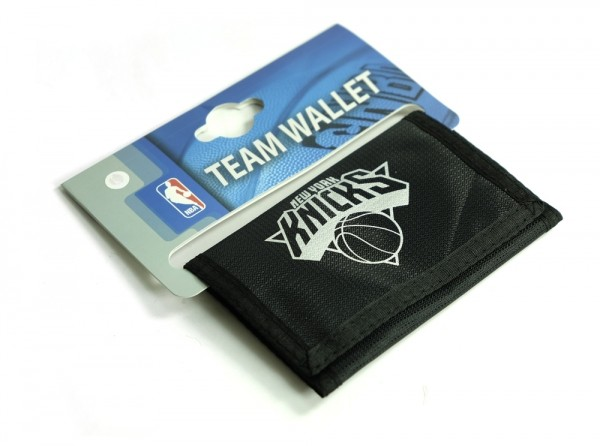 NBA Official New York Knicks Foil Print Wallet